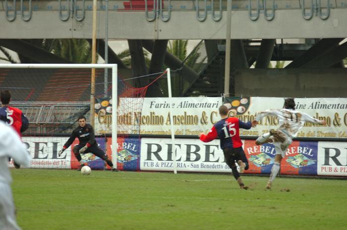 Viareggio Cup, il 3-0 del cesenate Rodriguez (ph. Troiani)