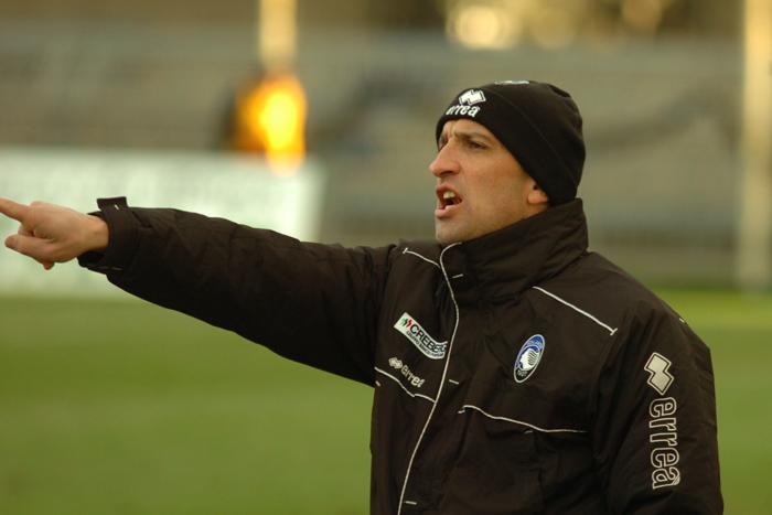Bonacina, allenatore dell'Atalanta al Torneo di Viareggio (ph. Troiani)