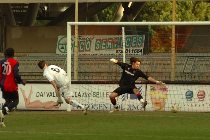 Gol dell'Atalanta alla Samb al Torneo di Viareggio (ph. Troiani)
