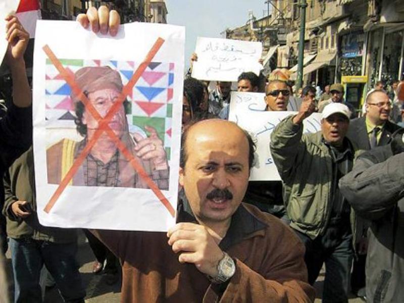 Popolo in rivolta sulle piazze della Libia