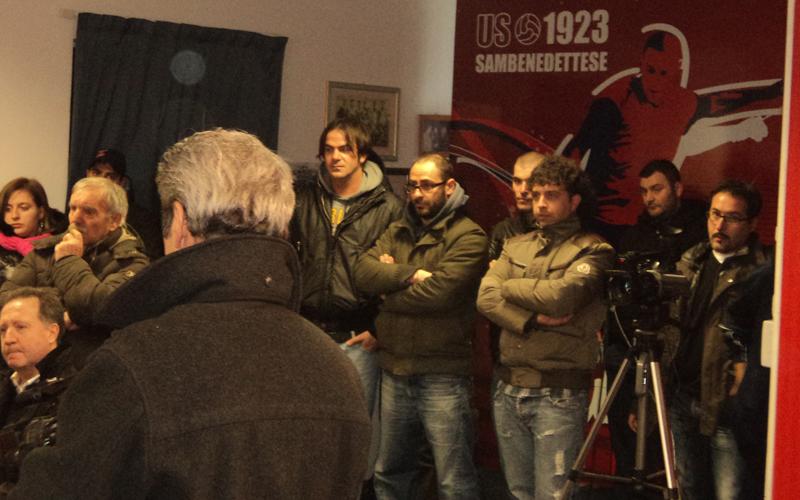 Tifosi presenti alla presentazione di Palladini