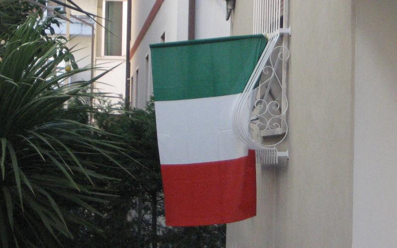 17 marzo, tricolori nelle case di San Benedetto 2