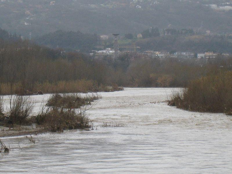 Mercoledì mattina il Fiume Tronto ad Ascoli Piceno in direzione ovest