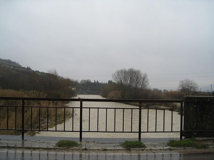 20110304_Ascoli_Piceno_fiume_Tronto_direzione_est