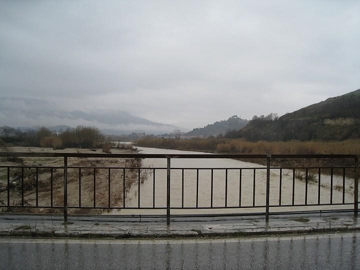 20110304_Ascoli_Piceno_fiume_Tronto_direzione_ovest3