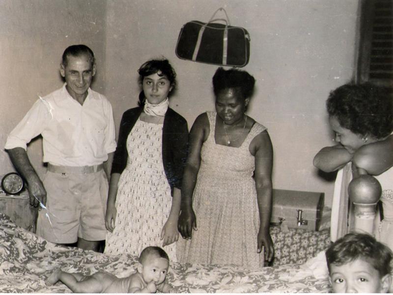 Alessandro Lanciotti e Medhin Asrat con i pargoletti della loro bella famiglia