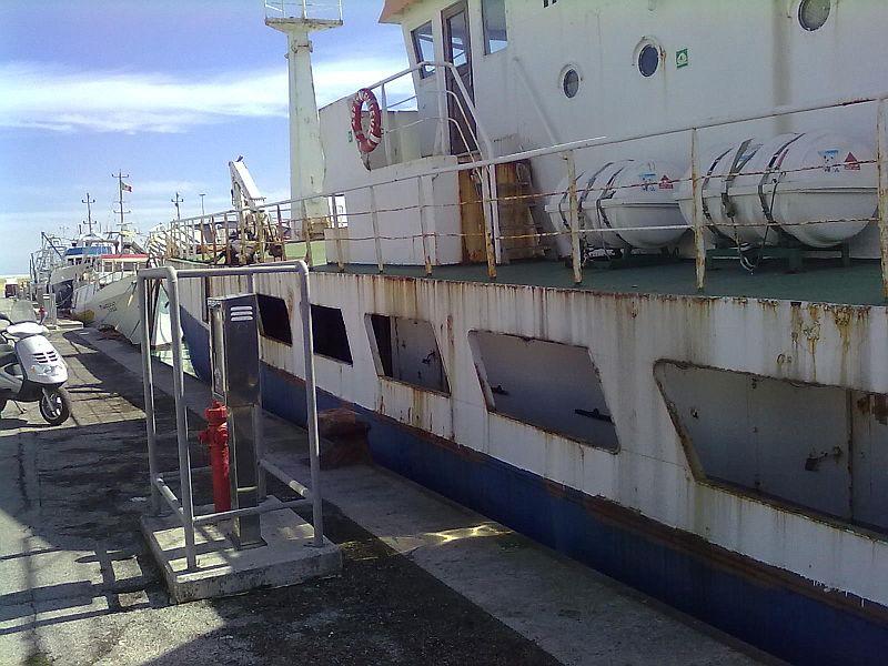 La nave Genevieve