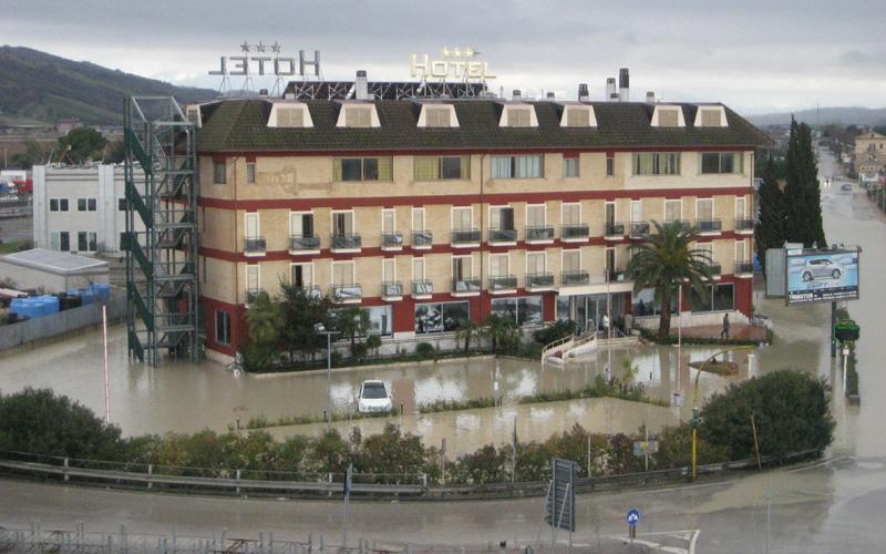 Hotel Quadrifoglio allagato, 2 marzo 2011