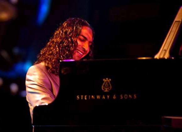 Diego Amador al piano