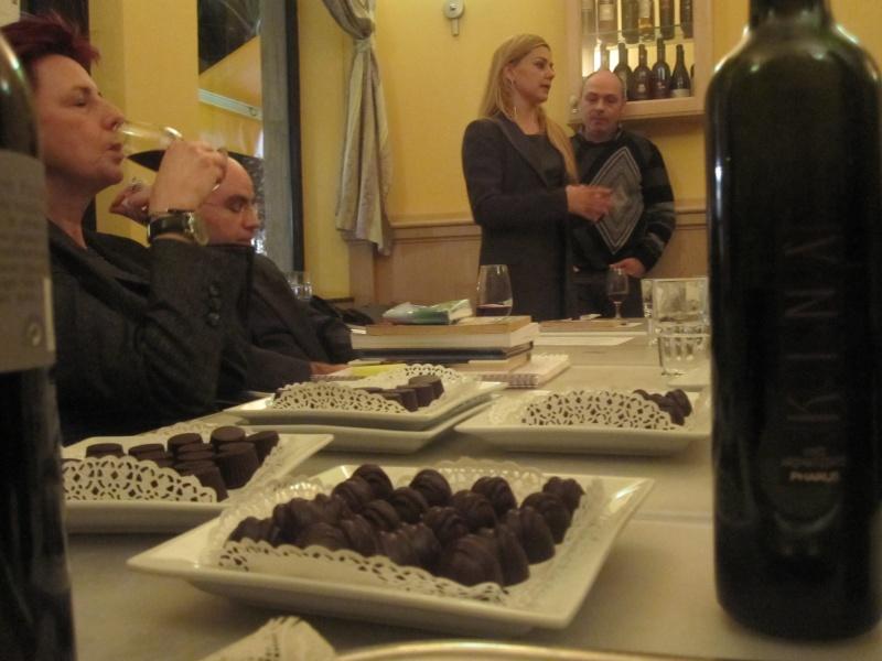 Pomeriggio dedicato al cioccolato, vino e poesia al Florian 5