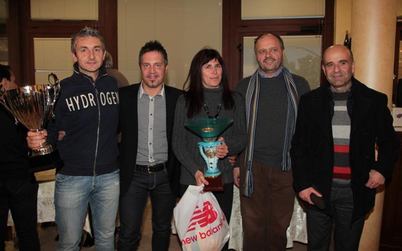 Foto di Gruppo per l'Atletica Avis, ci sono anche Domenico Piunti e il sindaco di San Benedetto Giovanni Gaspari