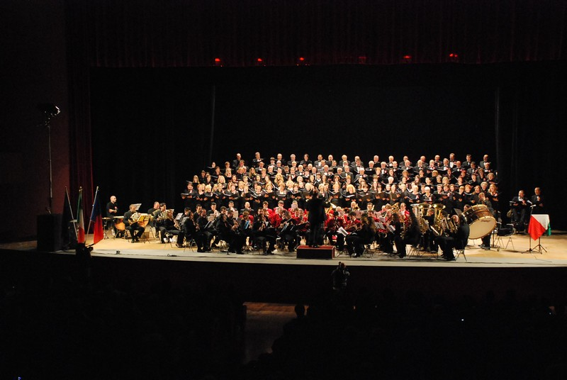 Concerto delle Corali sambenedettesi al PalaRiviera per il 150° dell'Unità d'Italia