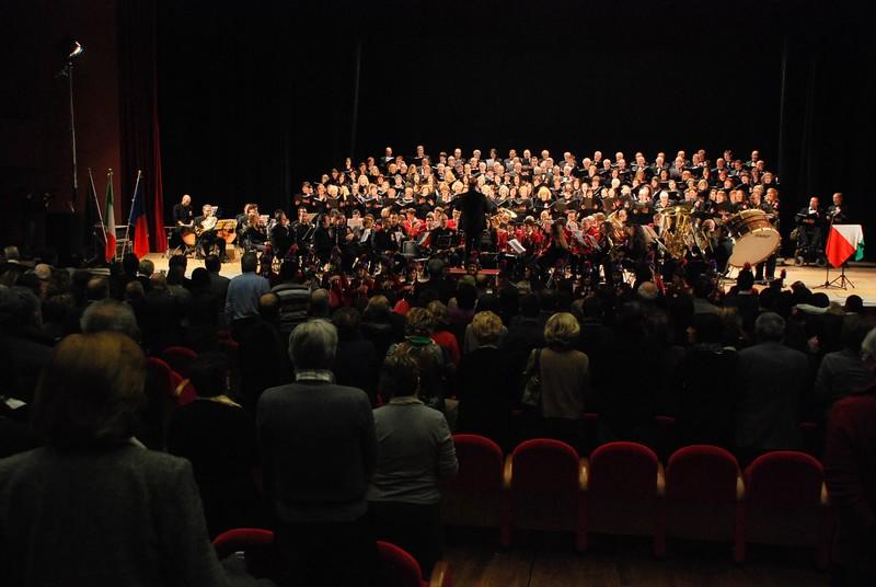 Concerto delle Corali sambenedettesi al PalaRiviera per il 150° dell'Unità d'Italia: