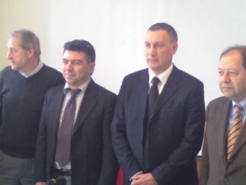 Esponenti del Nuovo Polo Sambenedettese: Domenico Fanini (Dc Marche), Benito Rossi (Futuro e Libertà), Marco Calvaresi (candidato sindaco), Vittorio Santori (Liberal)