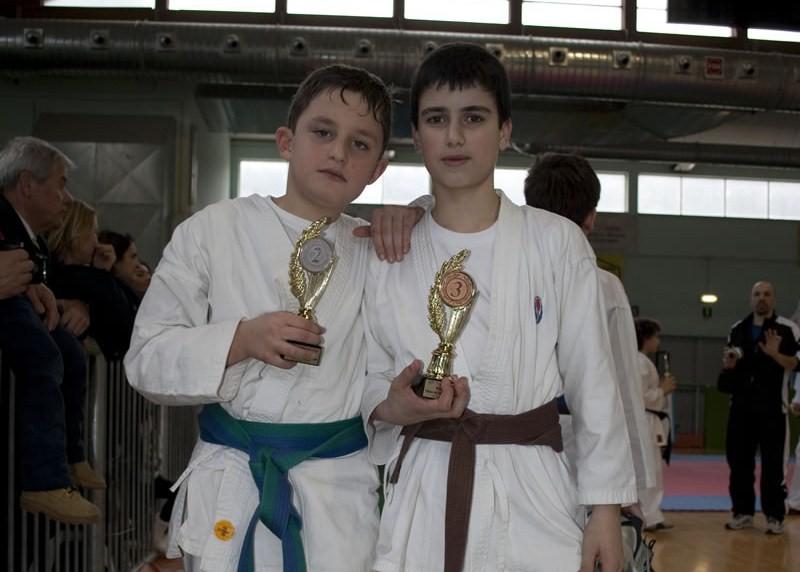 I due piccoli atleti Leonardo Pigliapoco e Alessio Squartini