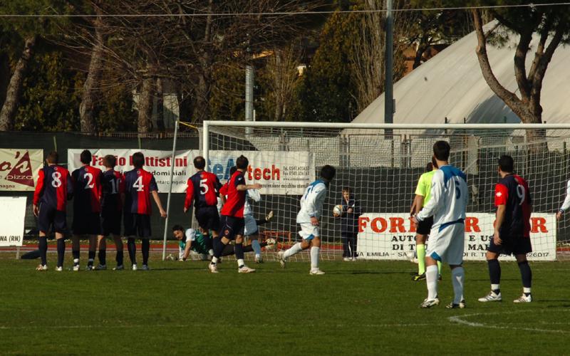 Santarcangelo-Samb, il primo gol di Ambrosini (ph. Troiani)