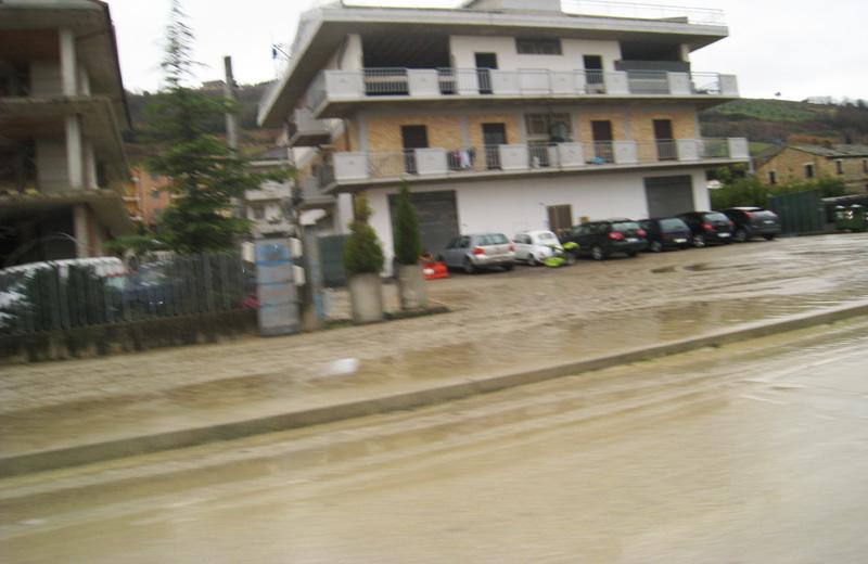 Allagamenti e fango in contrada San Giovanni di Colonnella
