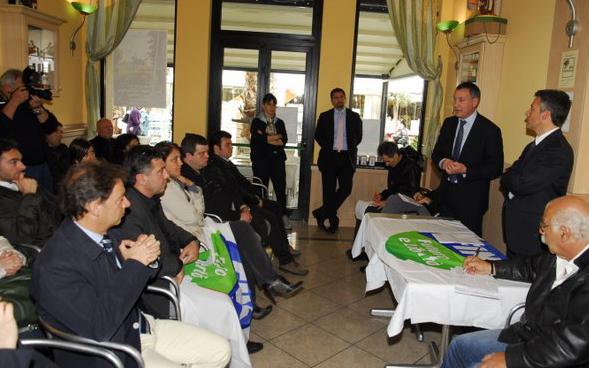 Calvaresi e Gibellieri presentano la lista di Fli www.photobraccetti.com)