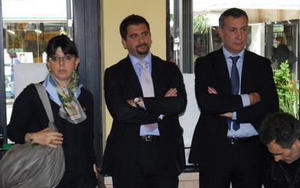 Franca Romagnoli, Daniele Silvietti e Marco Calvaresi alla presentazione della lista Fli www.photobraccetti.com)