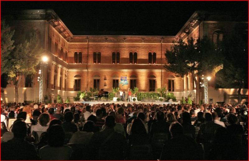 Cabaret Amoremio! 2010