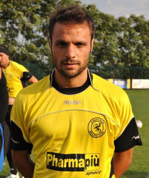 Giordano Napolano alla sua seconda stagione con la Renato Curi Angolana  con la quale ha realizzato nel campionato in corso 8 reti