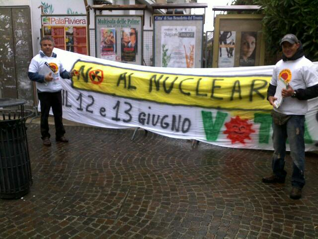 I Verdi protestano contro il nucleare