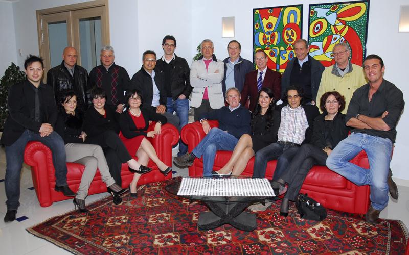 I ventiquattro candidati della lista Forza San Benedetto con Gabriele Franceschini (foto Braccetti)