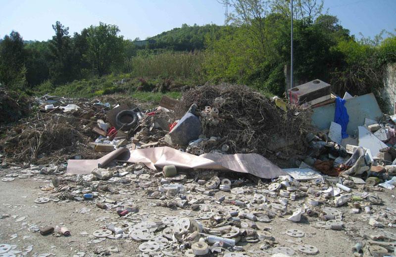 La discarica in contrada Vallecupa (foto d'archivio)