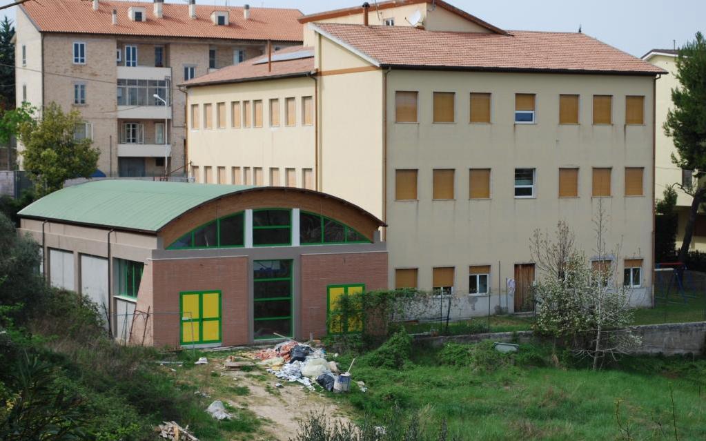La palestra in costruzione a Massignano