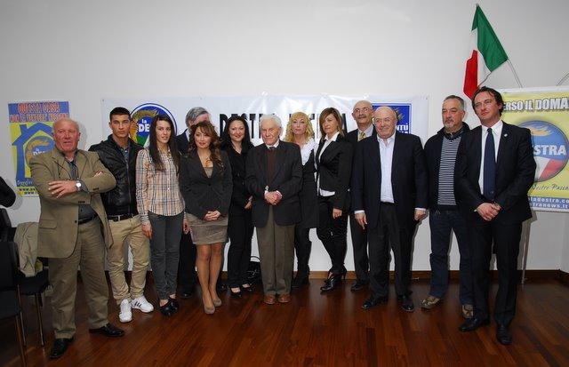 Storace coi candidati della Destra (www.photobracetti.com)