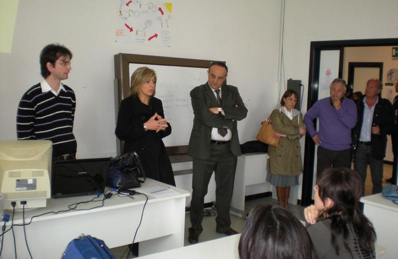 L'assessore al Lavoro e Formazione Eva Guardiani e l'assessore al Turismo Ezio Vannucci all'inaugurazione del corso
