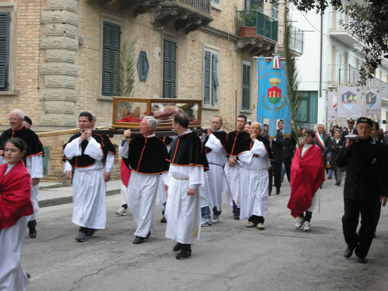 Processione di San Basso
