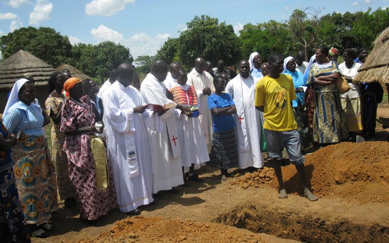 Funerale del padre ad Atanga