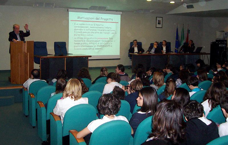 Ripani parla agli studenti della Sacconi-Manzoni