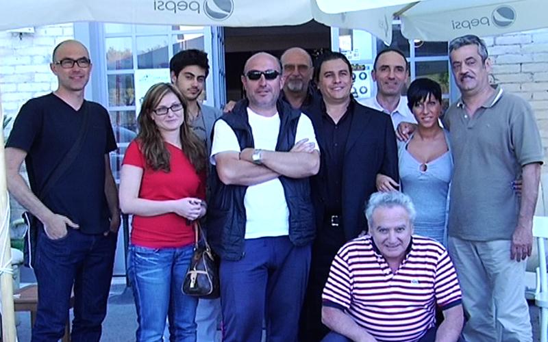 Sergio Spina con i giornalisti per il saluto ai tifosi