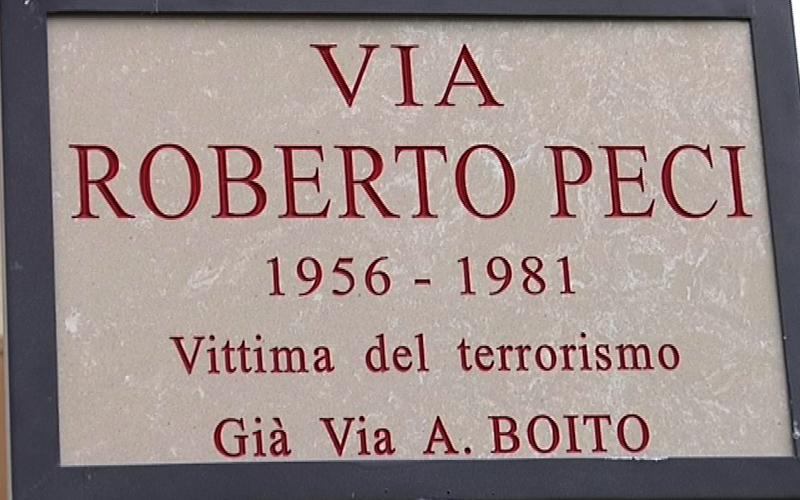 Targa via Roberto Peci