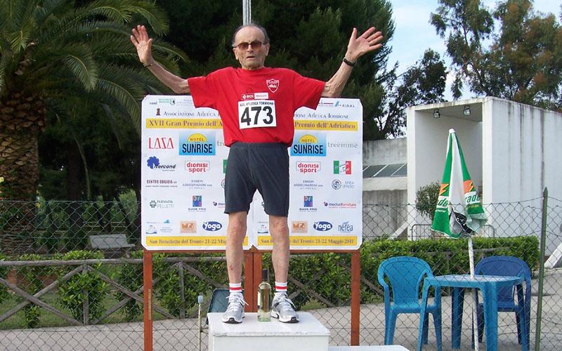Giuseppe Ottaviani, record mondiale di categoria master nel lancio del Disco: quasi 18 metri. Ed ha 95 anni...