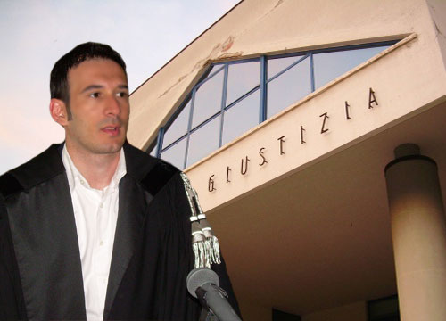 Avvocato Simone Matraxia, legale del Tunisino accuato di atti sessuali e congiunzione carnale