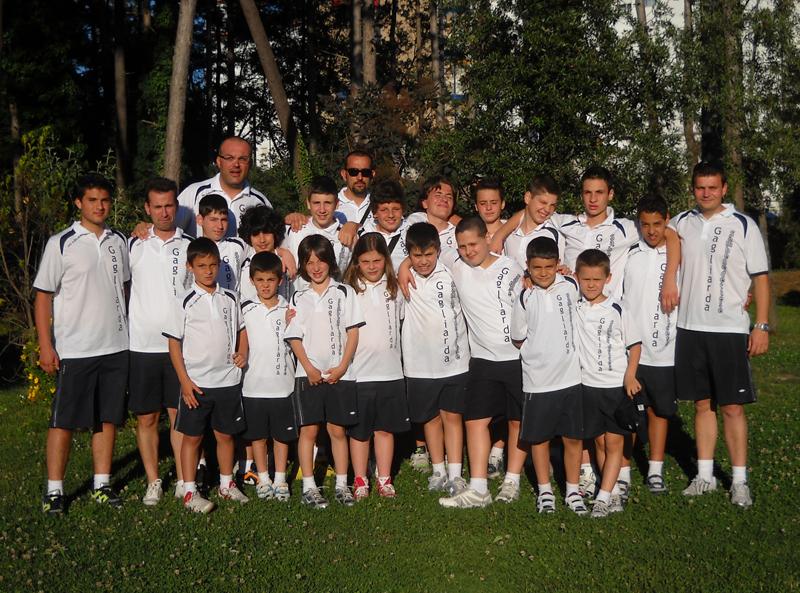 Il gruppo della Gagliarda Sambenedettese alle finali di Lignano Sabbiadoro