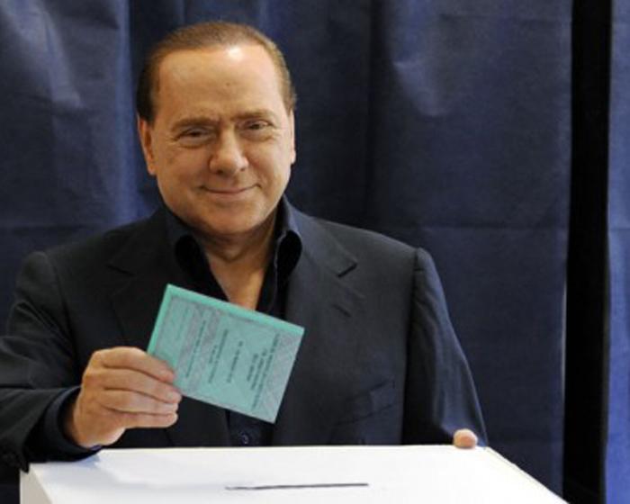 Berlusconi apre alle primarie