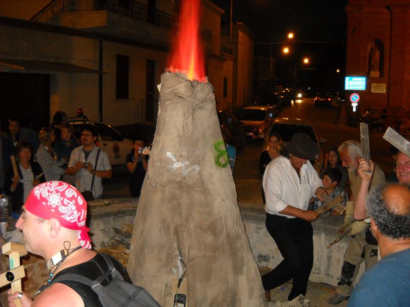 Massignano s'infiamma 2011