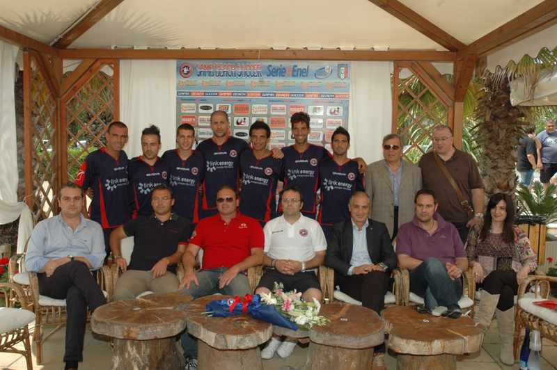 Samb Beach Soccer 2011: la presentazione con staff e sponsor e Unione Italiana Ciechi, svoltasi mercoledì presso lo chalet Lido Azzurro (foto Troiani)