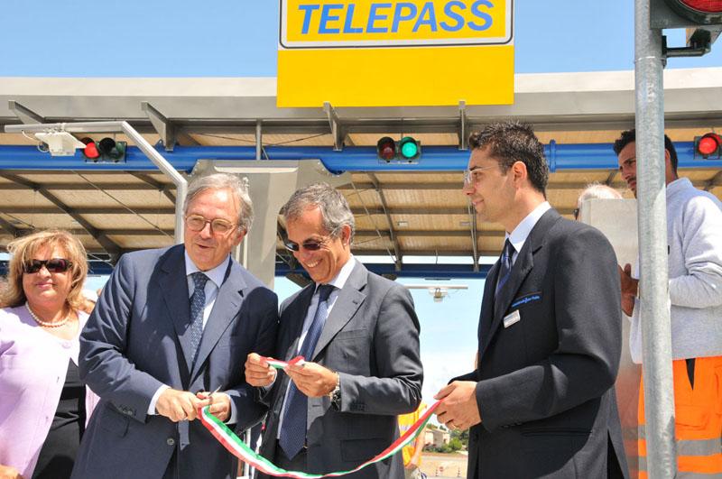 Terza corsia A14, inaugurato lo svincolo di Porto Sant'Elpidio