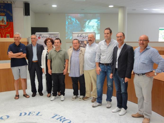 I rappresentanti di Mitilpesca e AmiciMar con Fabio Urbinati