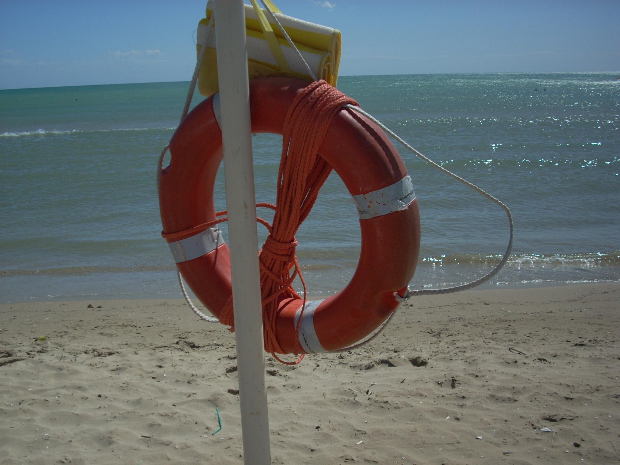 Salvataggio, annega turista