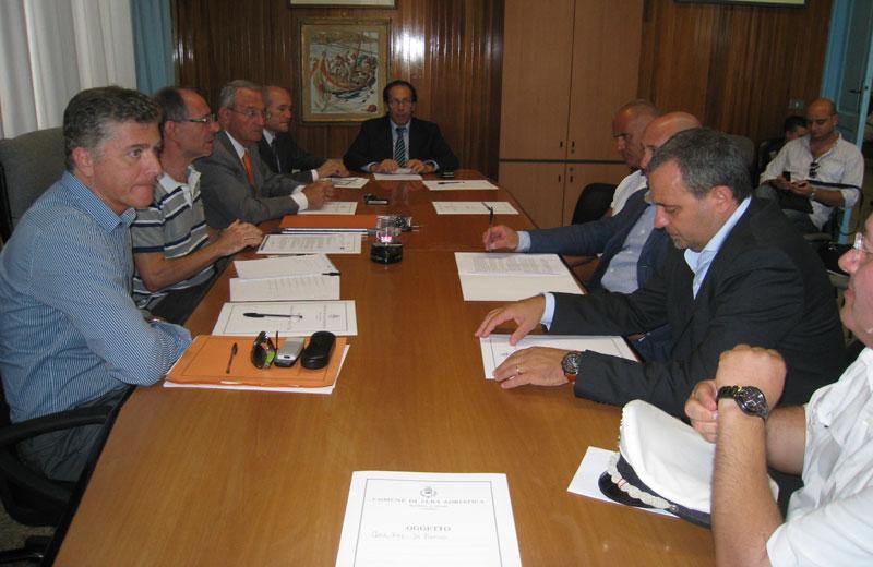 L'incontro di sindaci ed amministratori presso il Comune di Alba Adriatica