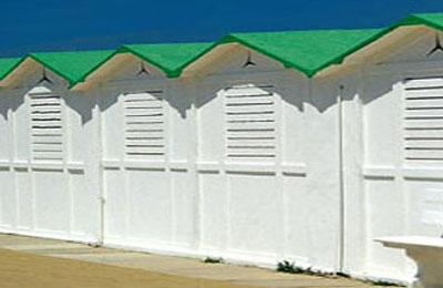 Cabine in spiaggia. Fonte Internet