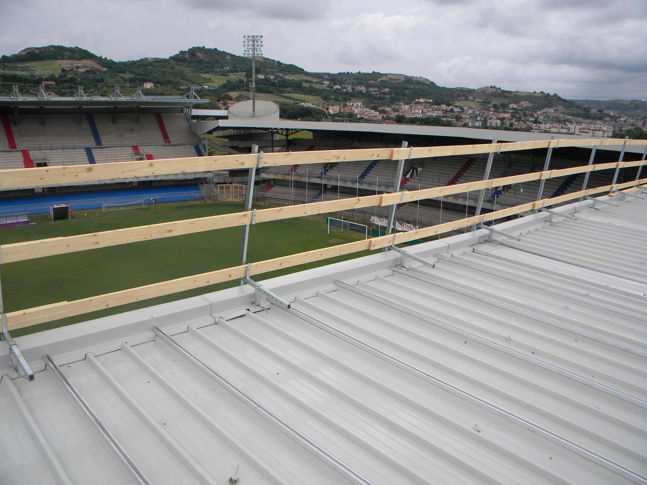 Stadio Riviera delle Palme, lavori di copertura luglio 2011