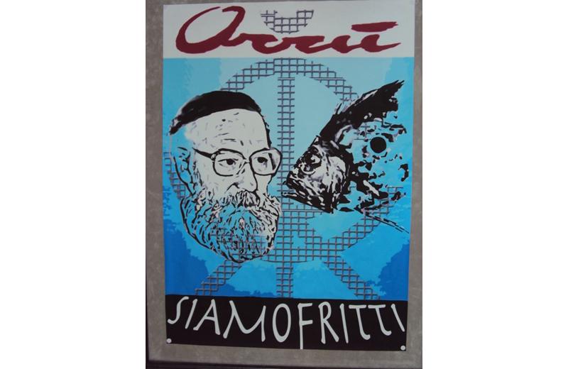 """la mostra dal titolo """"Siamo Fritti"""" di Giancarlo Orrù, allestita nel capannone di via Pigafetta per"""