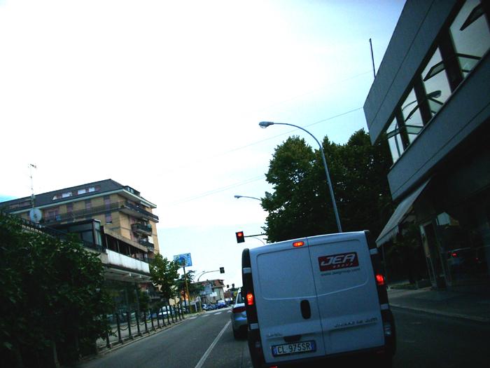 Traffico sulla Statale 16